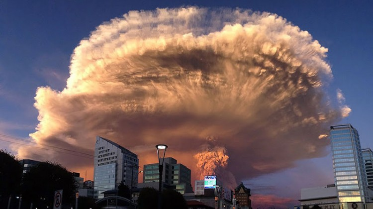 calbuco-volcano-eruption 800
